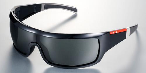aper u lunettes de soleil prada sport. Black Bedroom Furniture Sets. Home Design Ideas